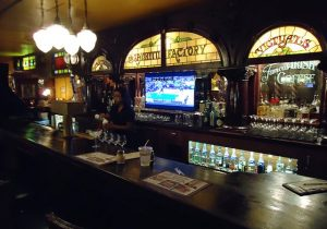 Restaurants And Bars To Close For COVID-19