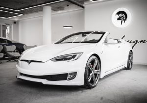 Tesla Model S Becomes A 2-Door Convertible: Not Bad!